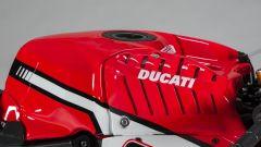 TEAM ARUBA.IT - RACING DUCATI 2017 Il serbatoio della Panigale R