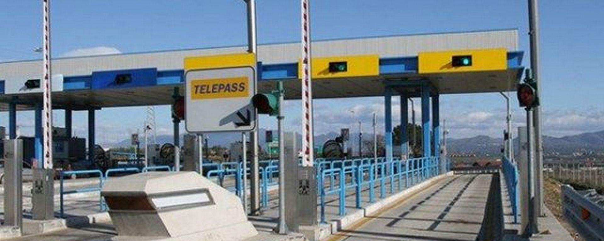 Telepass Pay, per pagare benzina, parcheggi, car sharing e multe