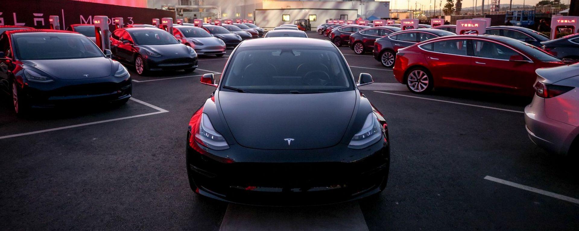 Tesla avrà un'intelligenza artificiale ispirata a Supercar