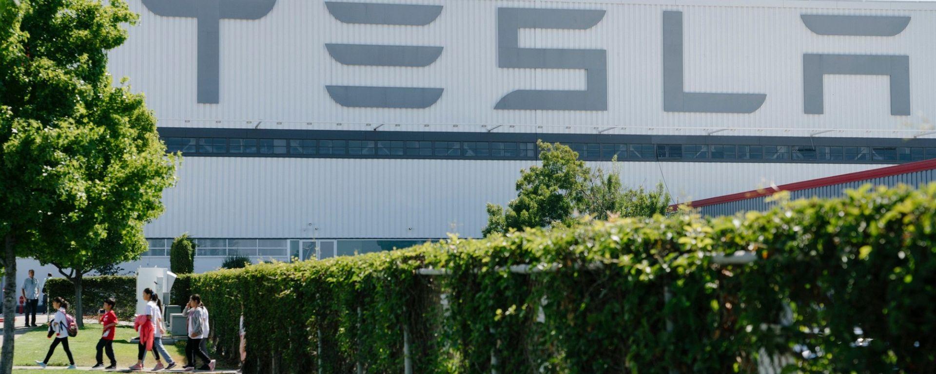 Tesla alla conquista delle fabbriche GM?