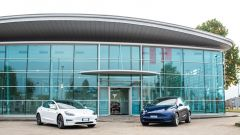 Showroom Tesla a Torino e Firenze, temporary shop a Bergamo e Napoli