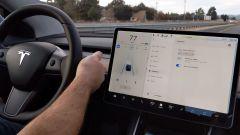 Tesla Autopilot, i consumatori Usa contro gli slogan