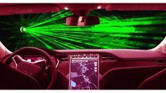 Tergicristalli laser, il nuovo brevetto futuristico di Tesla