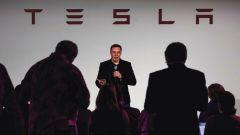 Tesla, è crisi finanziaria. Chiesto ai fornitori rimborso pagamenti