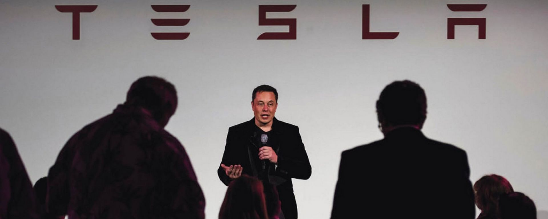 Tesla, crisi finanziaria sempre più preoccupante