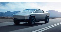 Tesla posticipa il lancio del pick-up BEV Cybertruck al 2022