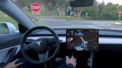 Tesla Full Self Driving, versione Beta in sperimentazione