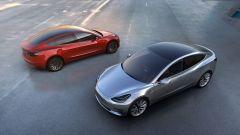 Tesla Model 3, 3/4 anteriore e posteriore