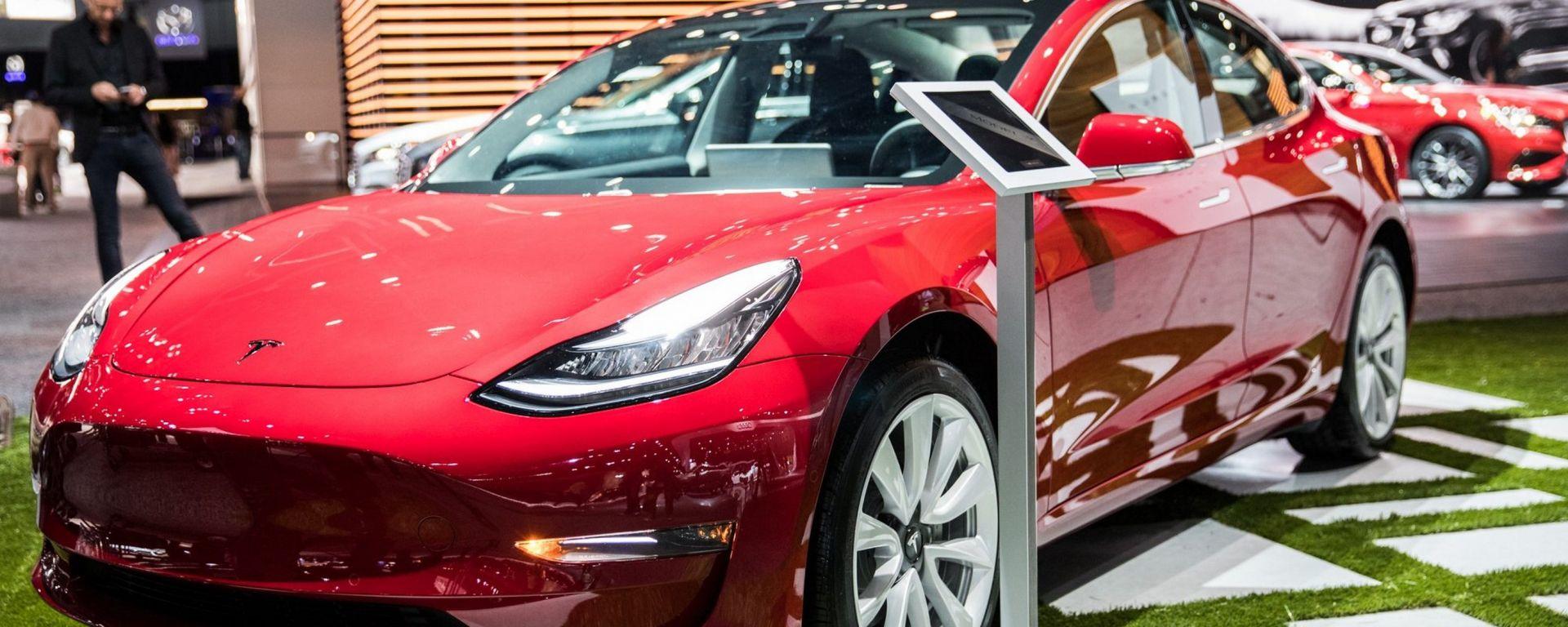 Tesla Model 3 al LA Auto Show