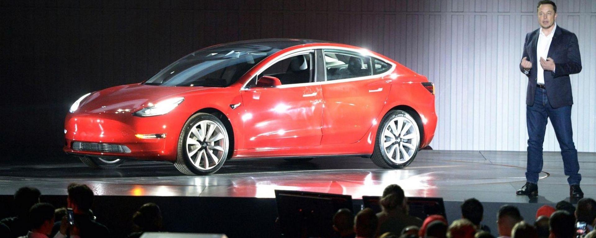 Tesla Model 3, appetitosi upgrade in arrivo