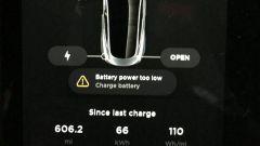 Tesla Model 3, autonomia record. Esemplare sfiora i 1.000 km - Immagine: 2