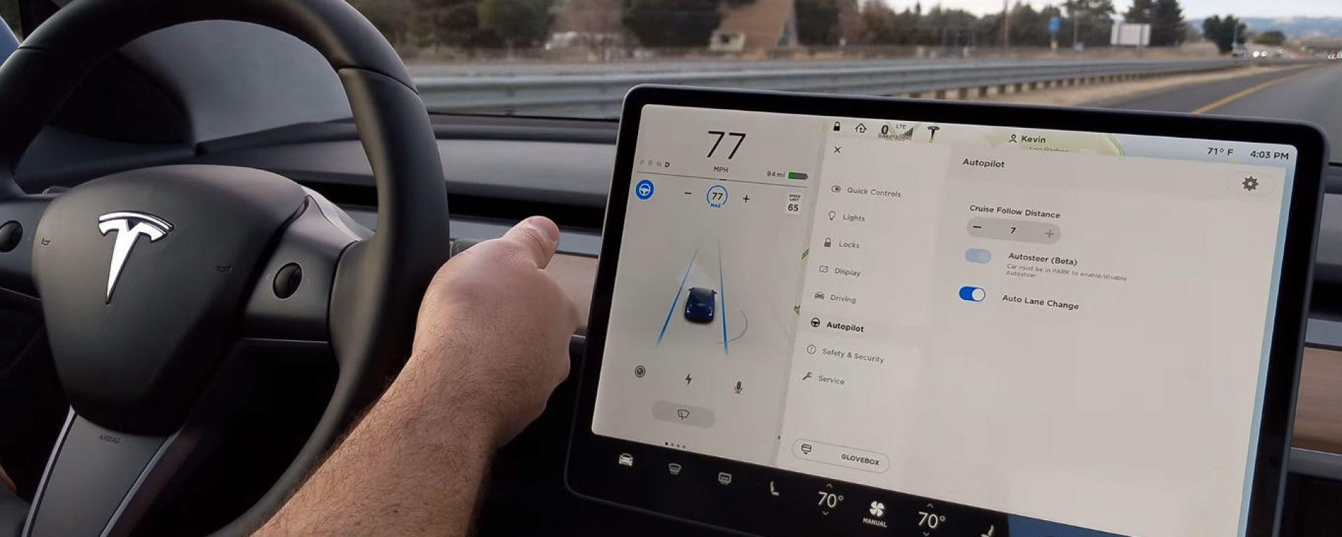 Tesla Model 3, Autopilot anche in Europa, ma in ritardo