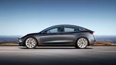 Tesla Model 3: cosa c'è da sapere per ingannare l'attesa - Immagine: 2