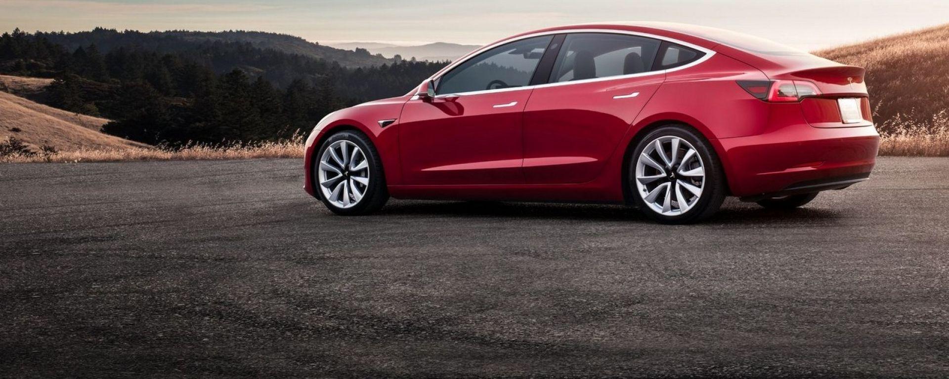 Tesla Model 3, cifre da capogiro per importarla dagli Stati Uniti