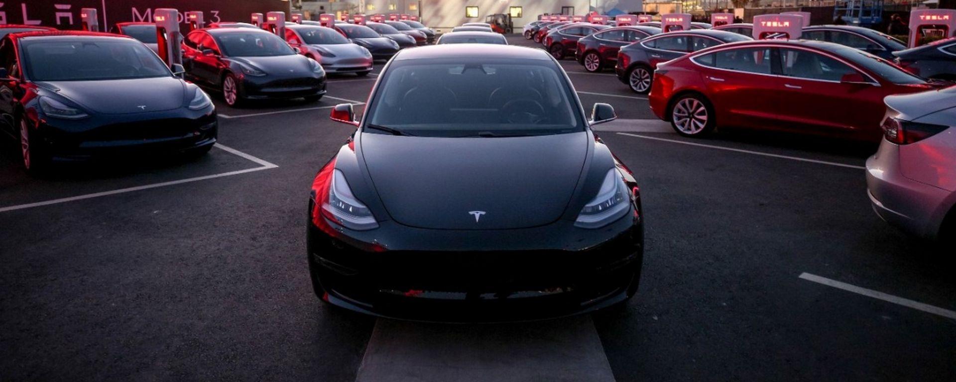 Consegnate le prime Tesla Model 3
