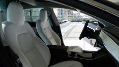 Tesla Model 3 Dual Motor, oltre all'Autopilot c'è di più - Immagine: 13
