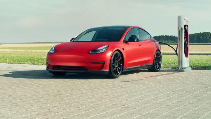 Tesla Model 3 è lei l'elettrica più venduta d'Europa
