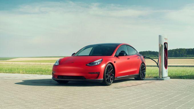 Tesla Model 3 in carica