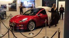 Tesla Model 3, da Milano alla conquista dell'Italia - Immagine: 2