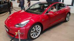 Tesla Model 3, da Milano alla conquista dell'Italia - Immagine: 3