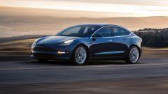 Tesla Model 3, le consegne sono in ritardo