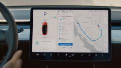 "Tesla Model 3, ecco ""Navigate on Autopilot"". Video tutorial - Immagine: 4"