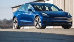 Tesla Model 3, nuovi aggiornamenti anti-furto e anti-abbandono