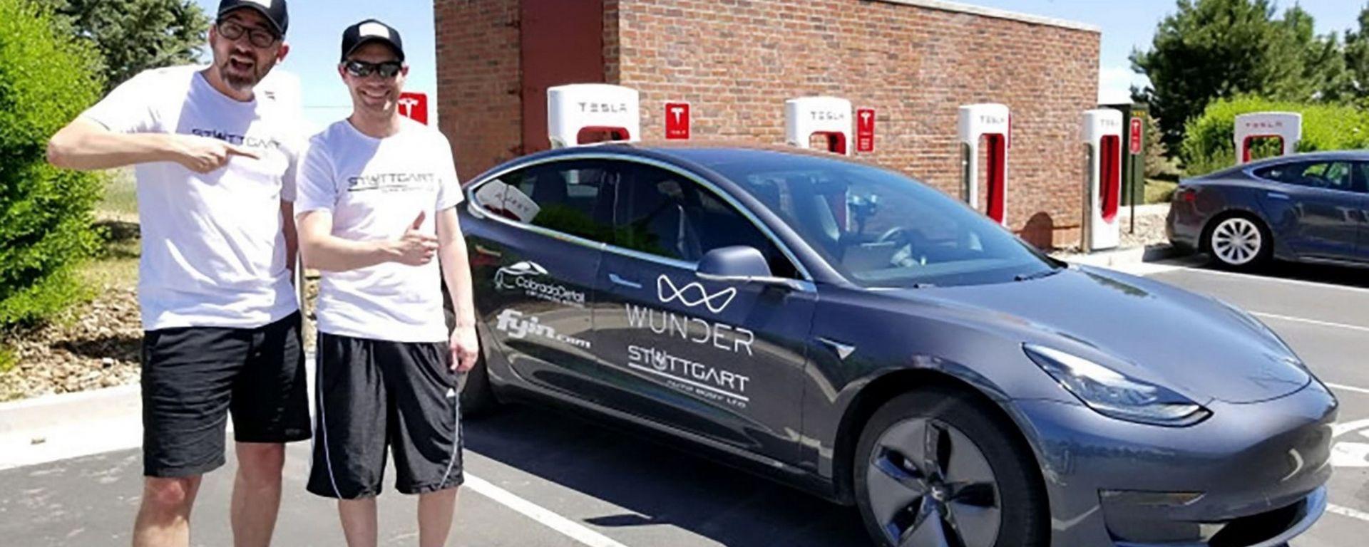Tesla Model 3, record di percorrenza