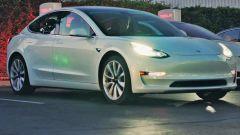 Elon Musk ferma la produzione della Tesla Model 3 per non fallire