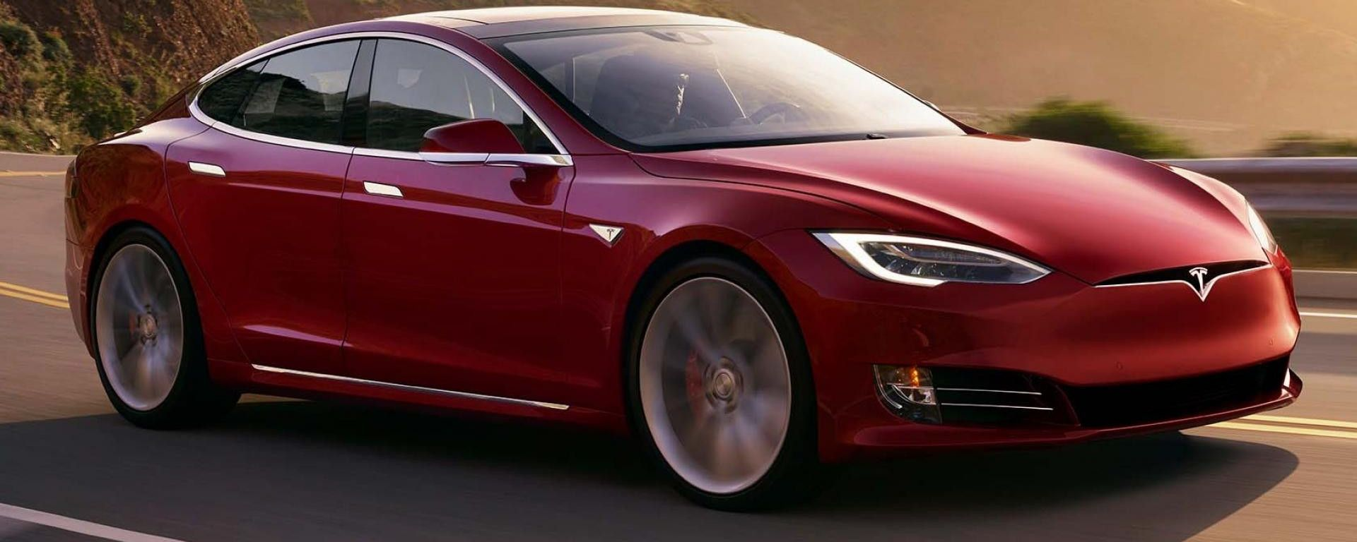 Tesla Model S: fallito test su frenata autonoma