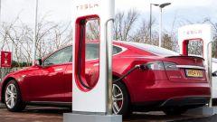 Tesla Model S, batterie con raffreddamento a liquido