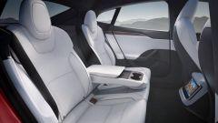 Tesla Model S e Model X 2021: i sedili posteriori della berlina