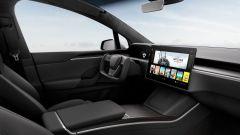 Tesla Model S e Model X 2021: lo schermo sulla plancia sarà orizzontale