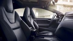 Tesla Model S: gli interni