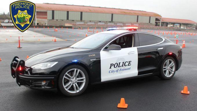 Tesla Model S in dotazione alla polizia di Fremont, California