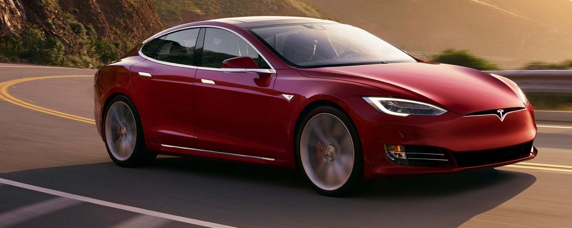 Tesla Model S P100D: con la batteria da 100 kWh fa 0-60 in 2,5 secondi