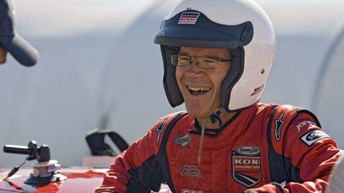 Tesla Model S Plaid alla Pikes Peak: il pilota e giornalista Randy Pobst