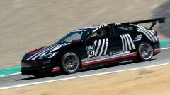 Tesla Model S Plaid alla Pikes Peak: la berlina elettrica da 1.000 CV durante le prove