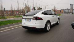 Tesla Model X 90D: 660Nm di coppia, 0-100 km/h in 5secondi netti