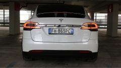 Tesla Model X 90D: soluzioni da 5,da 6 o 7 posti