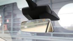 Tesla Model X 90D: specchietto retrovisore interno