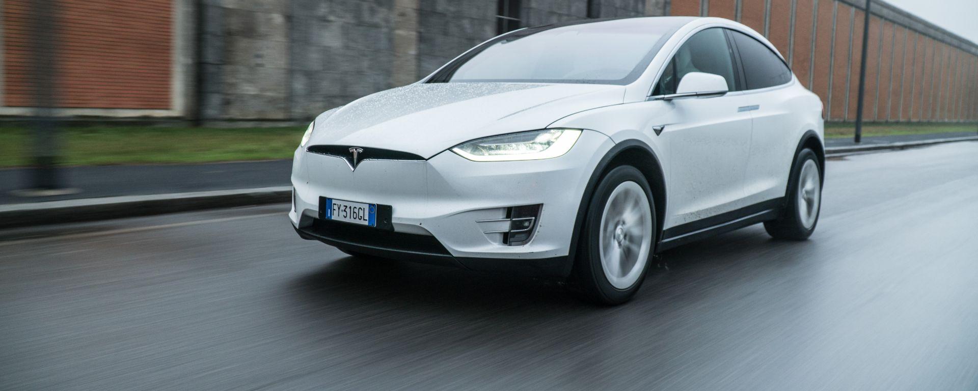 Tesla Model X Long Range: alla prova verità dei consumi di energia