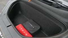 Tesla Model X Long Range: il vano anteriore consente di aumentare il volume per caricare i bagagli