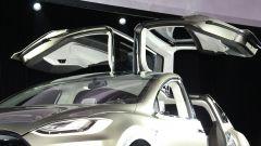 Tesla Model X - Immagine: 1