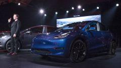 """Tesla Model Y, l'auto elettrica nel suo abito più """"S3XY"""" - Immagine: 4"""