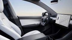 """Tesla Model Y, l'auto elettrica nel suo abito più """"S3XY"""" - Immagine: 6"""