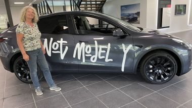 Tesla Model Y: i prototipi sorpresi a Eindhoven