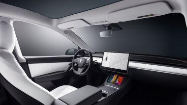 Tesla Model Y: l'abitacolo