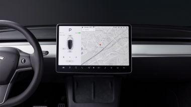 Tesla Model Y: lo schermo centrale da 15