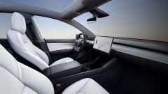 Tesla Model Y, con l'aggiornamento software cresce anche l'autonomia - Immagine: 2